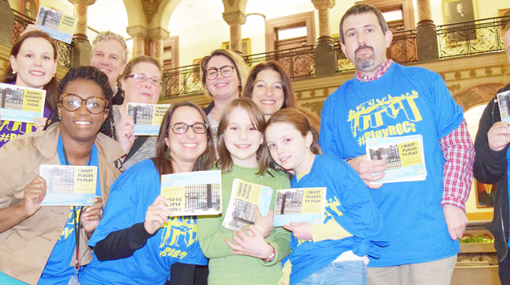 Healthi Kids, one of Common Ground Health's population health initiatives, advocates for healthy policies. In 2016, the collaborative effort helped organize a post card campaign calling for more areas to play in the city of Rochester