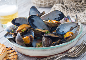 These scrumptious mollusks possess the most impressive nutritional profile of all shellfish, especially when it comes to vitamin B-12, selenium and manganese.