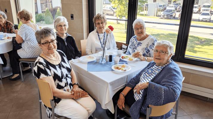 Edie Ellis, Park Ridge Auxiliary president (from left), Janet Charles, Gloria Hamilton, Mary Stroh and Alice Knittel.